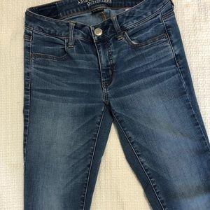 American Eagle Light Wash Skinny Jeans 4